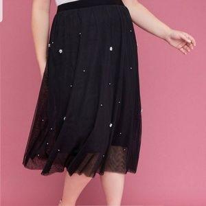 Mesh faux pearl skirt